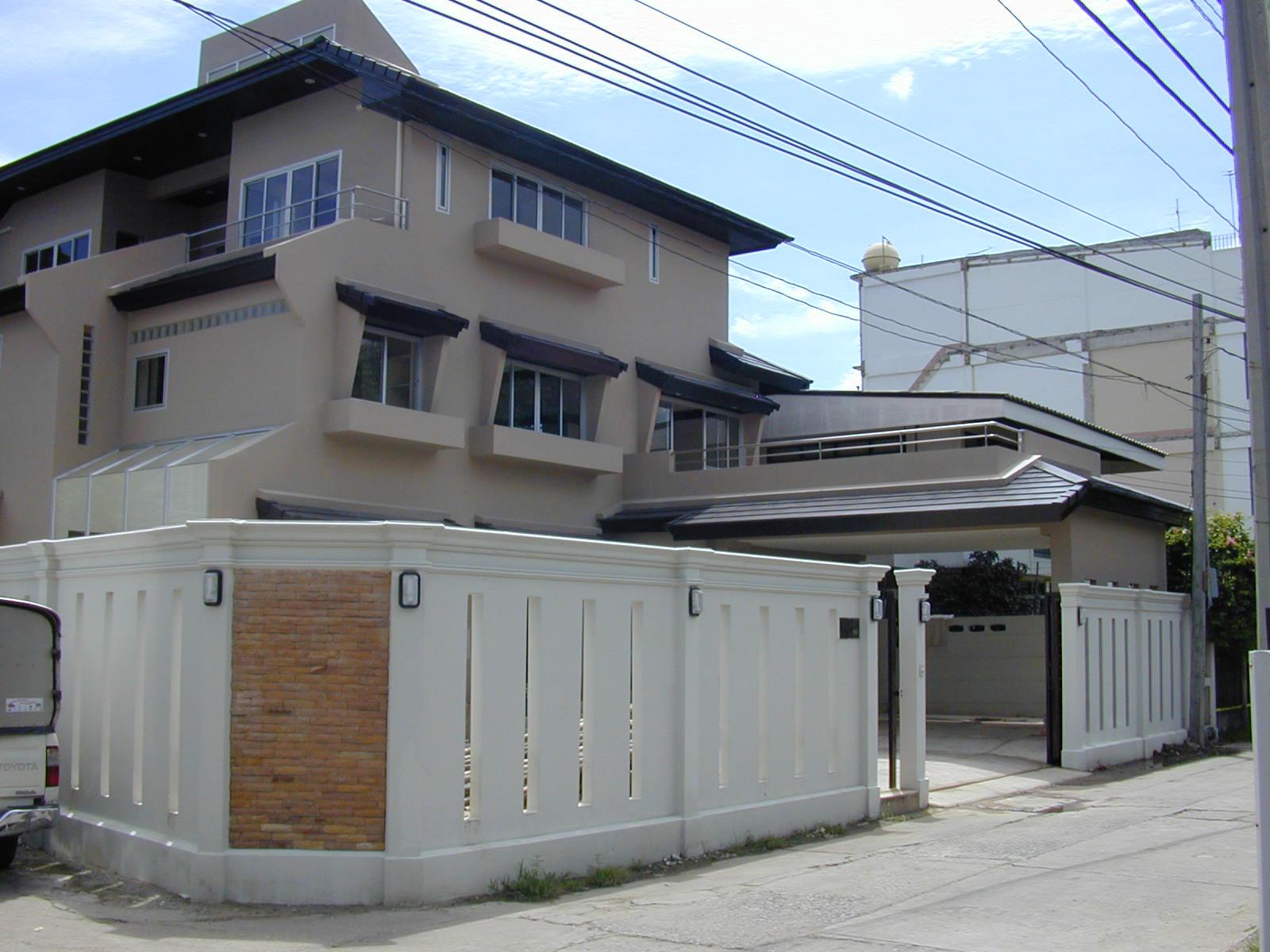 บ้านพักอาศัย 3 ชั้น Mr. YAMADA