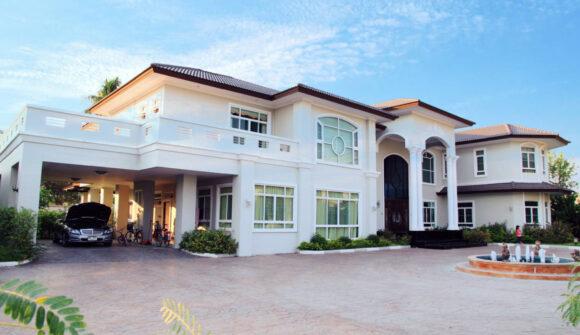 บ้านพักอาศัย จำนวน 6 หลัง เขตภาษีเจริญ